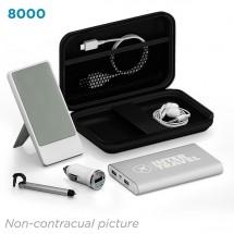 Deluxe traveling kit 8000 mAh - zwart